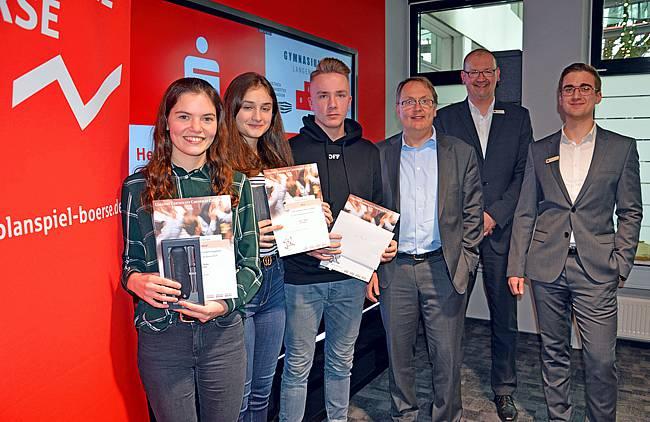 Siegergruppe Derry beim Planspiel Börse
