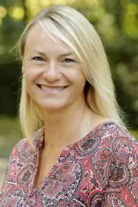 Koordinatorin künstlerisch - musischer Fachbereich Angelika Stodt